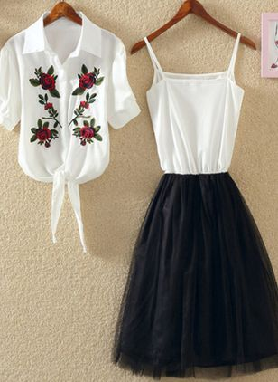 Solid Embroidery Half Sleeve Knee-Length X-line Dress