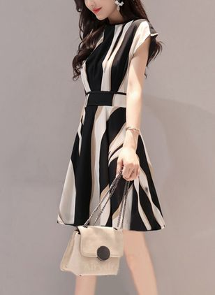Stripe Short Sleeve Knee-Length Shift Dress