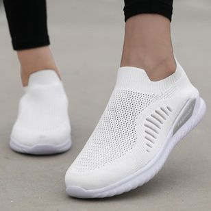 Women's Mesh Round Toe Fabric Flat Heel Sneakers (147220559)