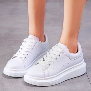 Women's Lace-up Closed Toe Wedge Heel Sneakers (111322477)
