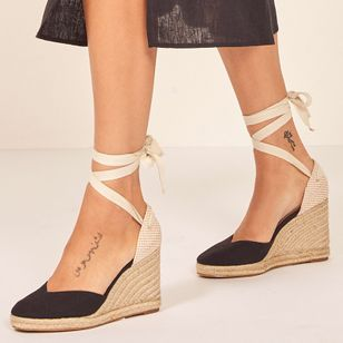 Lace-up Closed Toe Wedge Heel Shoes