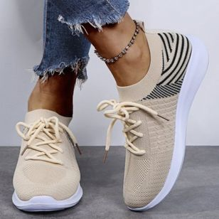 Women's Lace-up Closed Toe Fabric Flat Heel Sneakers (146854529)