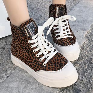Leopard Lace-up Closed Toe Flat Heel Shoes