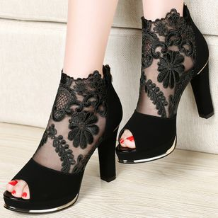 Women's Zipper Flower Peep Toe Heels High Top Lace Chunky Heel Sandals (101327267)