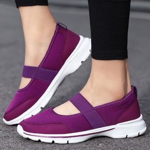 Women's Round Toe Fabric Flat Heel Sneakers (5610035)