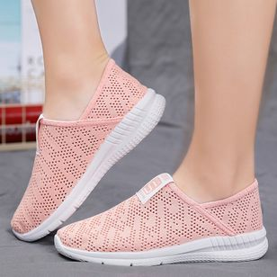 Women's Hollow-out Round Toe Fabric Flat Heel Sneakers (100547464)