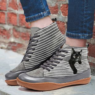 Women's Lace-up Closed Toe Flat Heel Sneakers (146893560)