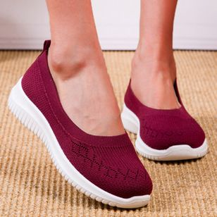 Women's Mesh Round Toe Fabric Flat Heel Sneakers (147220673)