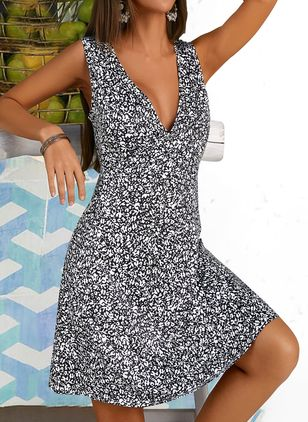 Casual Floral Skater V-Neckline X-line Dress (4073273)