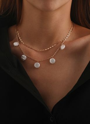 Casual Round Pendant Necklaces (147159744)