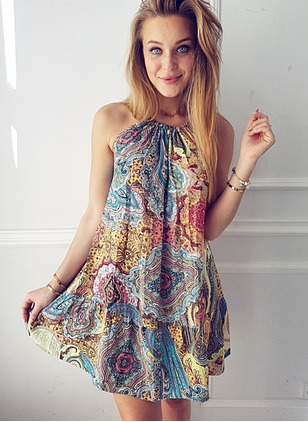 Polyester Floral Sleeveless Above Knee Casual Dresses