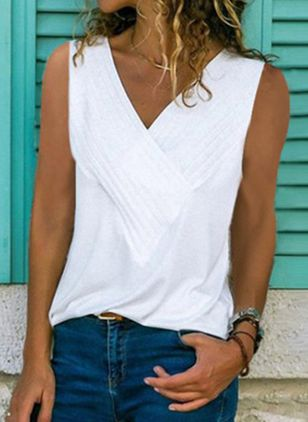 Solid V-Neckline Sleeveless Casual T-shirts (4864503)