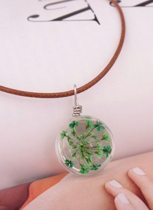 Casual Floral Crystal Pendant Necklaces (147049187)