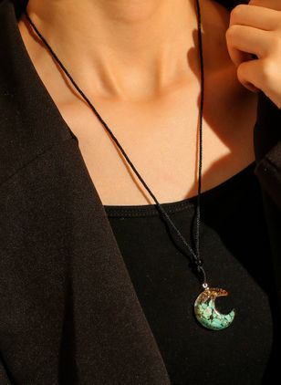 Casual Ball Crystal Pendant Necklaces (147049193)