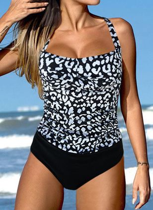 Polyester Halter Color Block One-piece Swimwear (146949817)