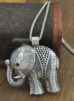Casual Animal No Stone Pendant Necklaces (107562954)