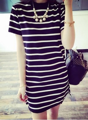 Stripe Tshirt Short Sleeve Above Knee Shift Dress