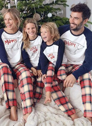 Family Look Alphabet Christmas Long Sleeve Family Outfits (131284831)