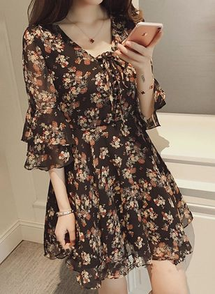 Floral Ruffles 3/4 Sleeves Above Knee Dress