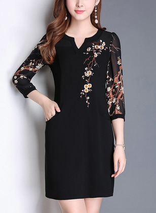 Floral Pockets 3/4 Sleeves Above Knee Sheath Dress