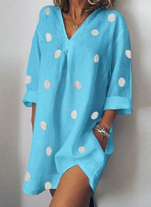 Casual Polka Dot Tunic V-Neckline Shift Dress (1509447)