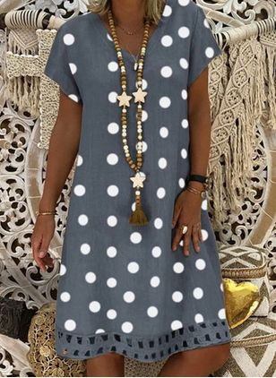 Casual Polka Dot Tunic V-Neckline Shift Dress (1517611)