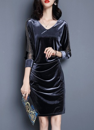 Solid Zipper V-Neckline 3/4 Sleeves Shift Dress