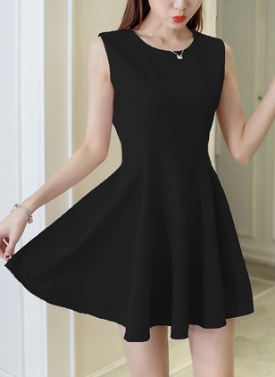 Solid Sleeveless Shift Dress