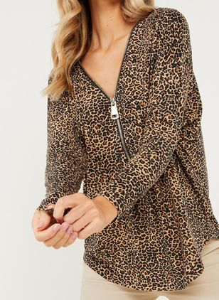 Leopard V-Neckline Long Sleeve Casual T-shirts (146907914)