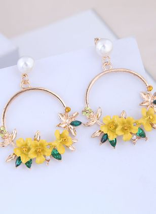 Casual Floral Pearls Hoop Earrings (146796103)
