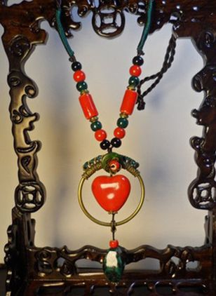 Vintage Water Drop Heart Crystal Pendant Necklaces (147159762)
