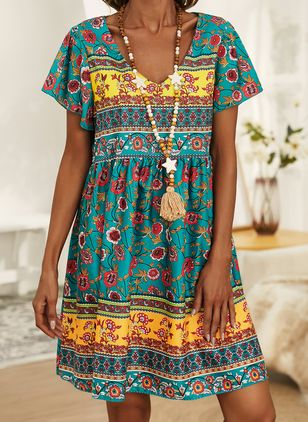 Casual Floral Tunic V-Neckline Shift Dress (146834228)