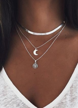 Casual Floral Moon No Stone Pendant Necklaces (146858955)
