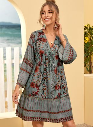 Casual Floral Tunic V-Neckline Shift Dress (107423107)