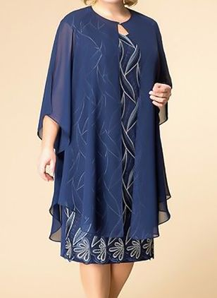 Plus Size Elegant Floral Tunic Round Neckline Shift Dress (4864712)