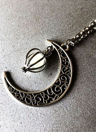 Christmas Moon No Stone Pendant Necklaces (146700020)