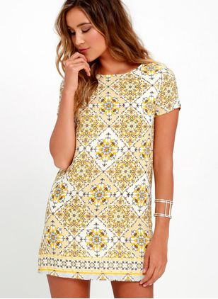 Floral Short Sleeve Above Knee Shift Dress