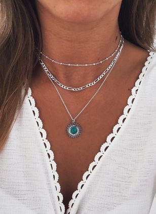 Boho Round Gemstone Pendant Necklaces (1531633)