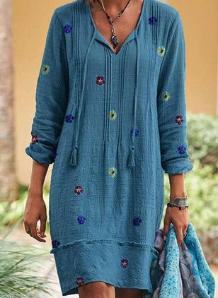 Casual Floral Tunic V-Neckline Knee-Length Dress (106821926)