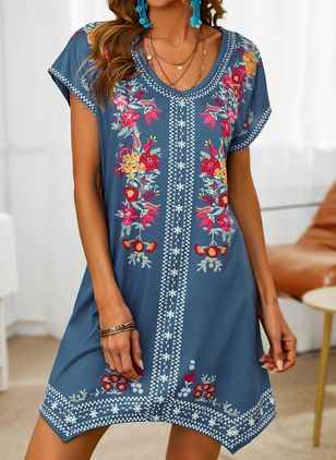Casual Floral Tunic V-Neckline Shift Dress (146859549)